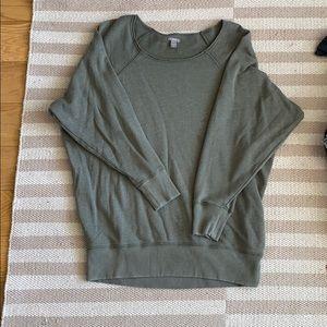 Crew neck long sweatshirt